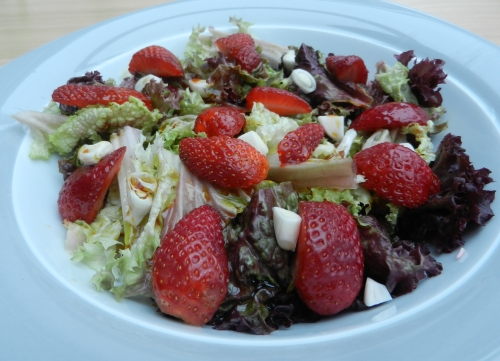 Strawberry Salad Recipe with Lettuce and Cucumber. Easy Recipe that is fast to make.